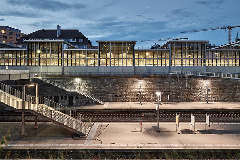 Fotografie z aktuálneho čísla 11/2019 Obnova skleneného paláca v Zürichu  #1