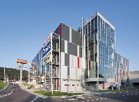 Obchodno-administratívne centrum BAUMAX/STORELAND