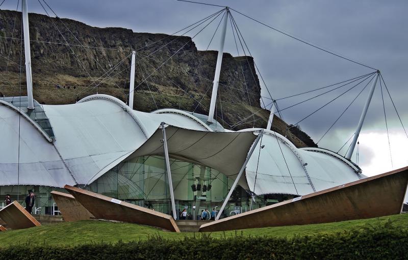 Fotografie z aktuálneho čísla 1-2/2019 Centrum vývoja Zeme v Edinburgu  #6