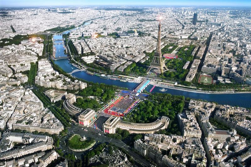 Fotografie z aktuálneho čísla 4/2019 BIM rekonštrukcia Eiffelovej veže pre Olympiádu 2024  #3