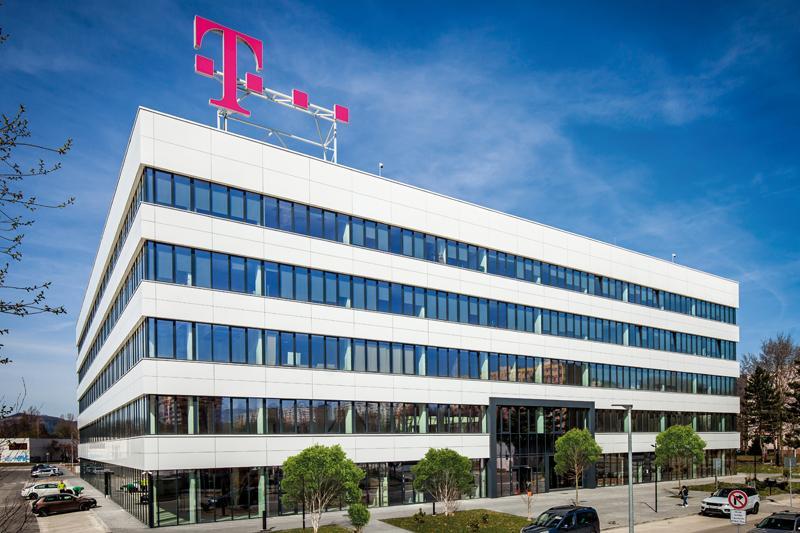 Fotografie z aktuálneho čísla 5/2019 Poštová office v Žiline – rekonštrukcia na princípoch udržateľnosti  #5